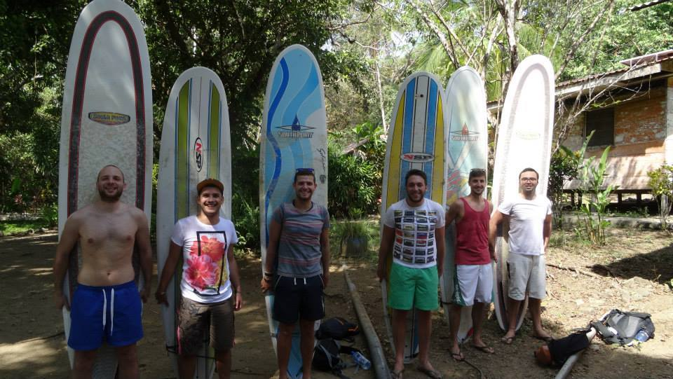 Beginner surf lessons with friends and family