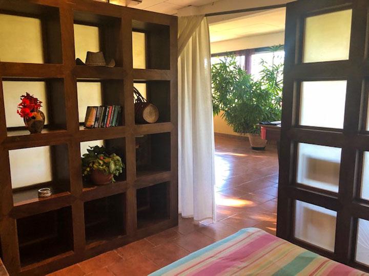 Large family house for sale in Montezuma Costa Rica Near IB World School